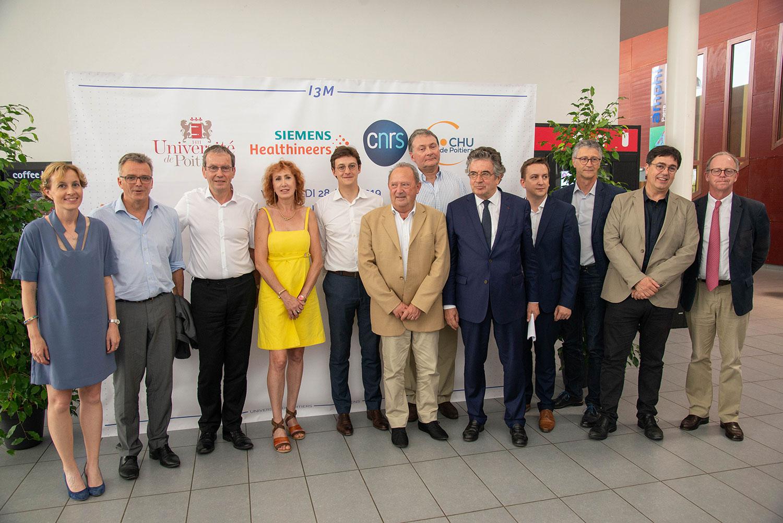 SIEMENS, l'université de Poitiers, le CNRS et le CHU de Poitiers innovent en commun pour optimiser le diagnostic par imagerie médicale